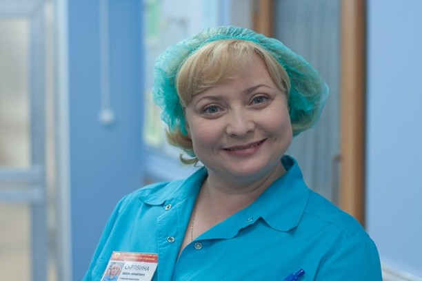 Медсестра Люба - главный источник сплетен в «Интернах»