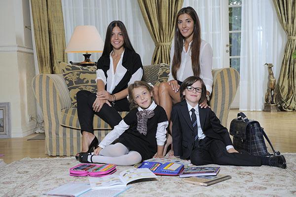 Вера Глаголева с семей фото