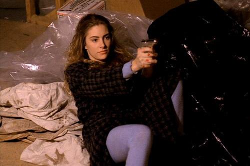 Шелли Джонсон (Мэдхен Джонс) – одна из главных героинь сериала.