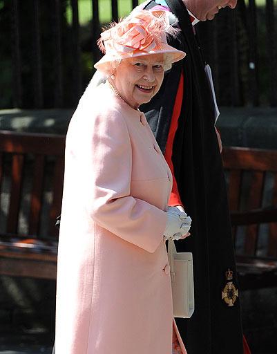 Королева Елизавета II (Elizabeth II)