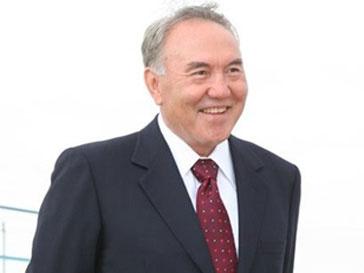 Нурсултан Назарбаев будет участвовать в досрочных президентских выборах