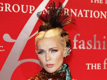 В смерти высокой моды Дафна Гиннес винит самих дизайнеров
