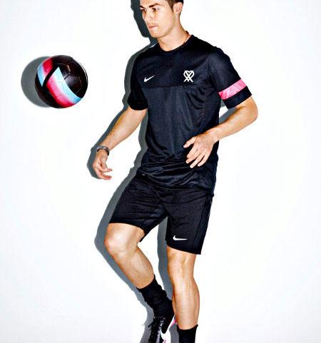 Криштиану Роналдо в кампании Nike