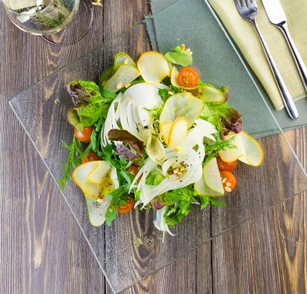 Салат с грушей и фенхелем
