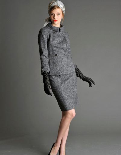 """Шерстяному костюму а-ля """"Жаклин Кеннеди"""" любые перемены в моде нипочем"""