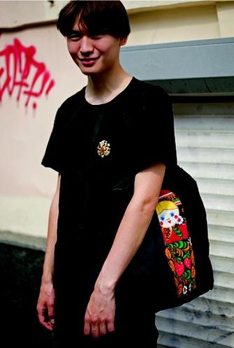 Егор, 19 лет: «Жить молодо, в мире дискотек и современных технологий»