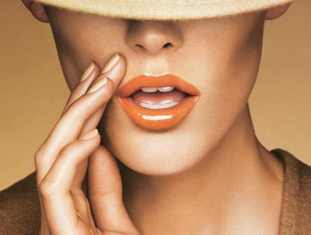 Все и сразу: на что способен бальзам для губ