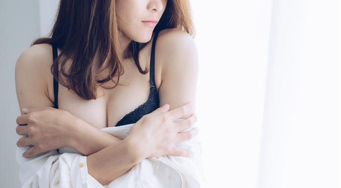Красивая грудь без операции: это возможно