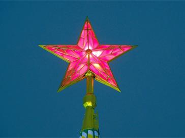 Кремль, Спасская башня, Кремлевские звезды, ледяной дождь, Москва