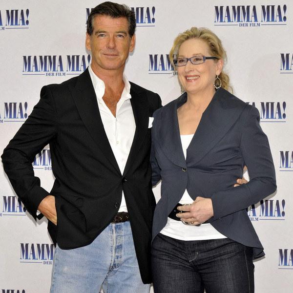 Пирс Броснан и Мэрил Стрип на премьере фильма-мюзмкла «Мамма MIA!»