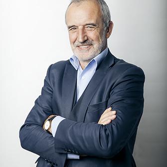 Римас Туминас, 61 год, художественный руководитель Государственного академического театра им. Евгения Вахтангова