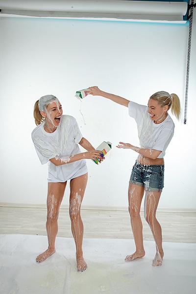 Группа «Мобильные Блондинки»: фото