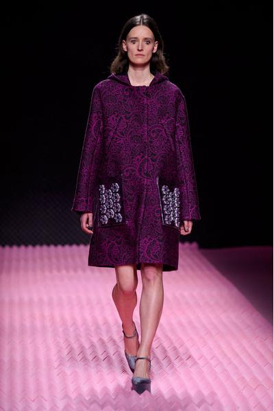Показ Mary Katrantzou на Неделе моды в Лондоне | галерея [1] фото [2]