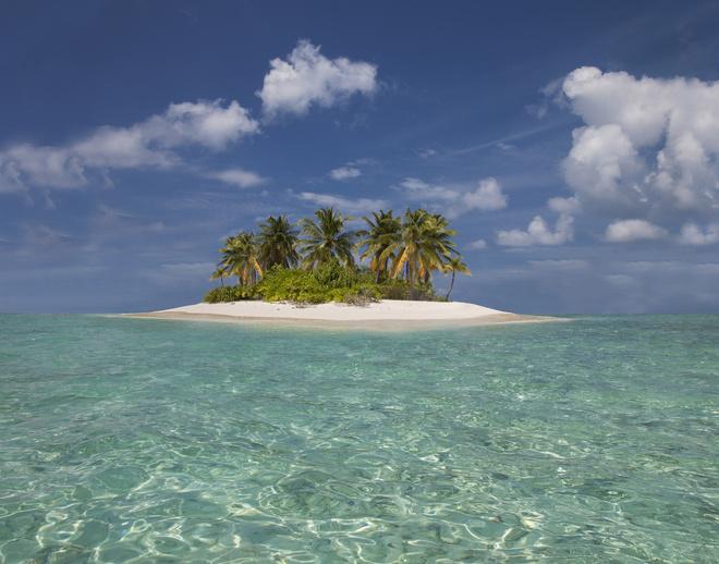 Секс на необитаемом острове посреди океана