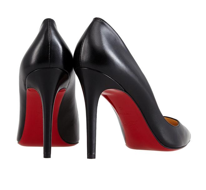 Туфли Christian Louboutin с легендарной красной подошвой