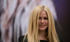 Аврил Лавин подала в суд на организаторов концерта