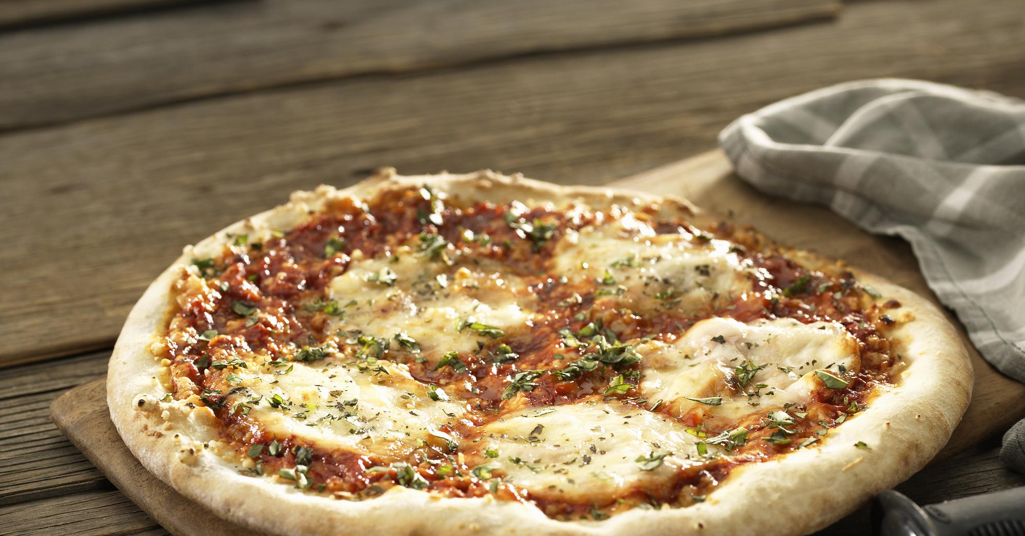 пицца в духовке с курицей и грибами рецепт с фото в духовке #8
