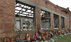 В Беслане вспоминают о жертвах трагедии 1 сентября 2004 года