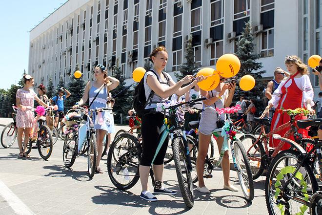 Леди на велосипеде: Краснодар-2016