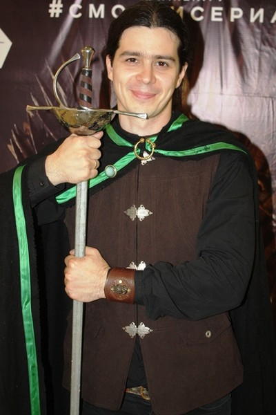Двойники сериала Игры престолов в Казани, Премия Эмми, фото