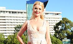 Анна Чурина выгуляла на «Кинотавре» гарнитур за 2,5 млн