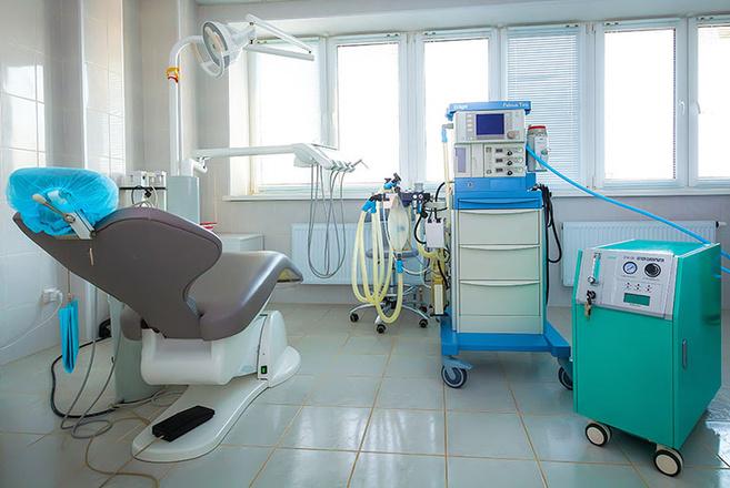 стоматолог, имплантация, Челябинск