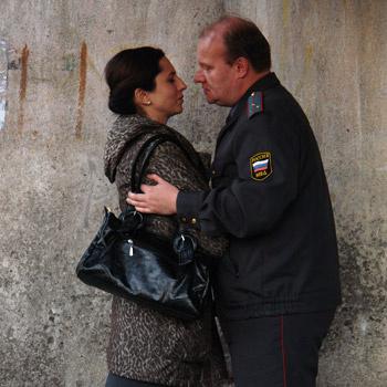 Роль младшего лейтенанта милиции Гели писалась Хомерики специально для его музы – актрисы Алисы Хазановой.