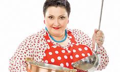 Ведущая кулинарного шоу: «На столе зелень, птица и сыр»