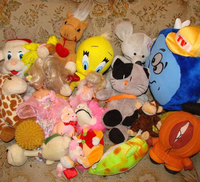 Выставка, куклы