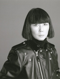 Рэй Кавакубо любит авангардную моду