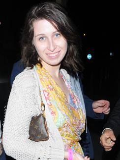 Дочь Романа Абрамовича, Анна, не любит тратить деньги на дорогую одежду