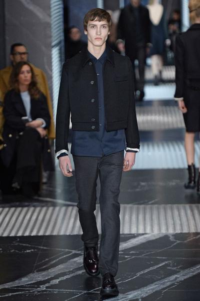 Бренд Prada представил на Неделе мужской моды в Милане сразу две коллекции | галерея [2] фото [9]