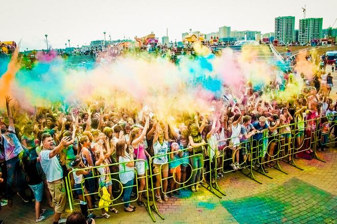 Фестиваль красок в Пензе, фестиваль красок Холи, город Спутник