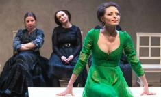 9 весенних премьер в театрах Петербурга
