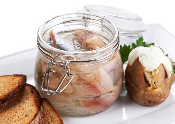 Селедка маринованная в уксусе: рецепт