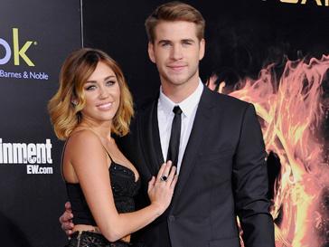 19-летняя Майли Сайрус (Miley Cyrus) и 22-летний Лиам Хемсворт (Liam Hemsworth) объявили о помолвке