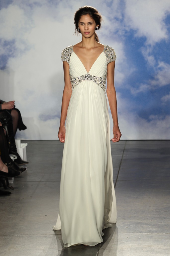 Самые роскошные свадебные платья в греческом стиле   Мода на Elle.ru