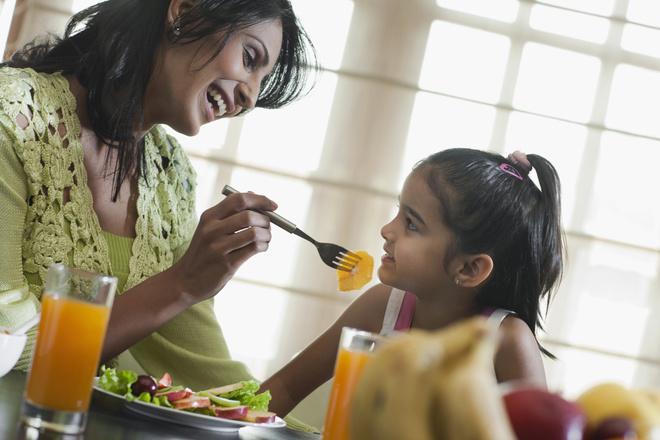 питание детей и подростков