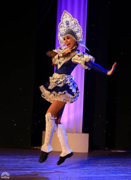Русскому танцу Елены Китаевой аплодировал весь зал
