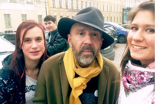 Сергей Шнуров прочитал лекцию в СПбГУ: фото, подробности