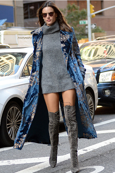 Алессандра Амбросио в Нью-Йорке