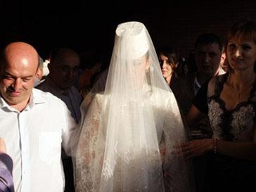 Введен штраф за похищение невест