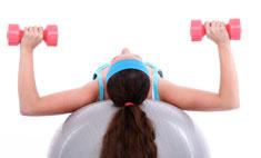 Красивая грудь: топ-6 основных упражнений