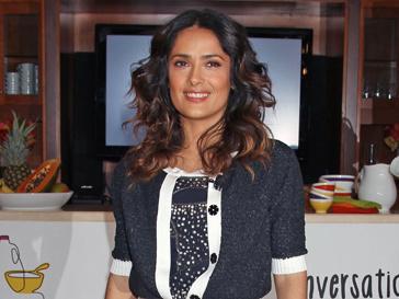 Сальма Хайек (Salma Hayek) одевается не для себя, а для мужа
