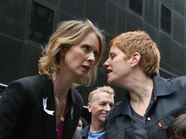 Синтия Никсон (Cynthia Nixon) и Кристин Мариони (Christine Marinoni) вместе с 2003 года