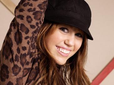 Майли Сайрус (Miley Cyrus) стала примером для подражания