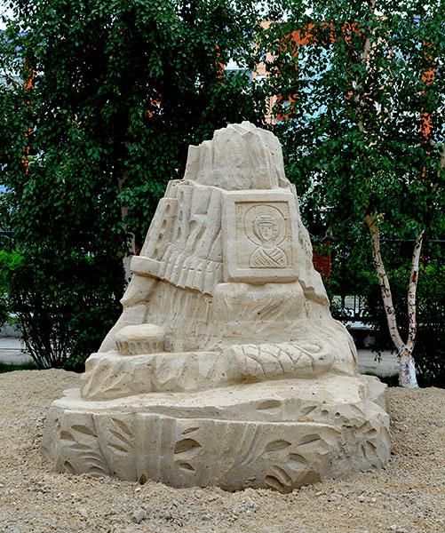 В Сургуте появилась скульптура Сталина, Рузвельта и Черчилля