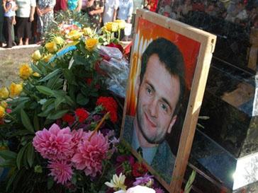 Памятник журналисту Гонгадзе