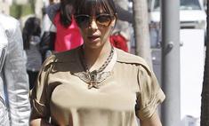 В положении: Ким Кардашьян примерила платье для беременных