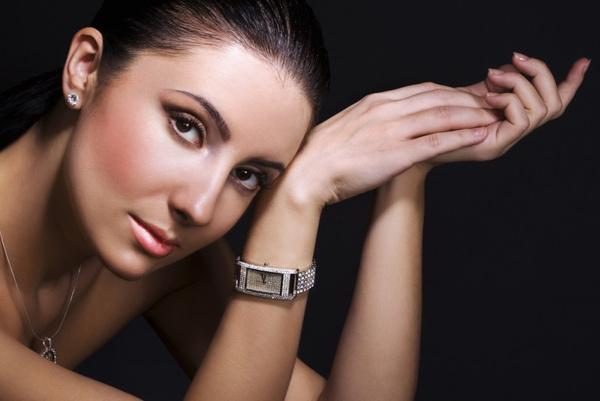 Наручные часы – важнейший аксессуар для создания стиля